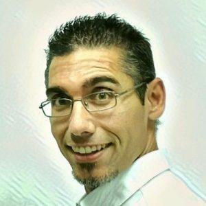 Raúl de la Puente (@DoctorGenoma)